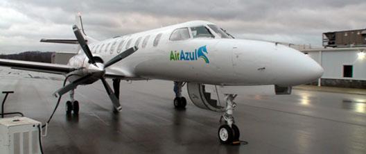 Image: Air Azul plane on runway