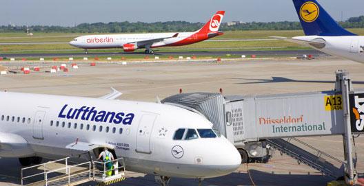 Image: Lufthansa and airberlin at Dusseldorf