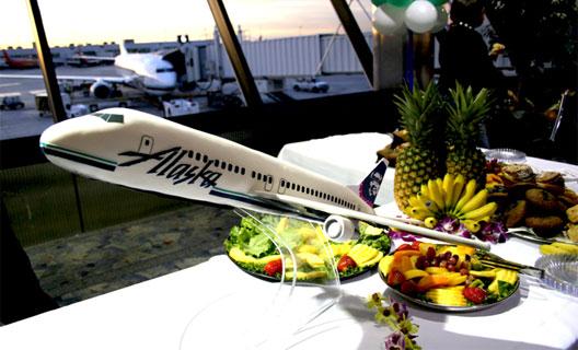 Image: Alaska Airline's cake