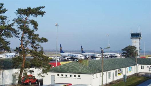 Image: Ryanair at Karlsruhe-Baden