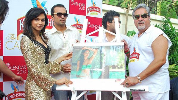 Kingfisher boss Vijay Mallya with his 2010 calendar