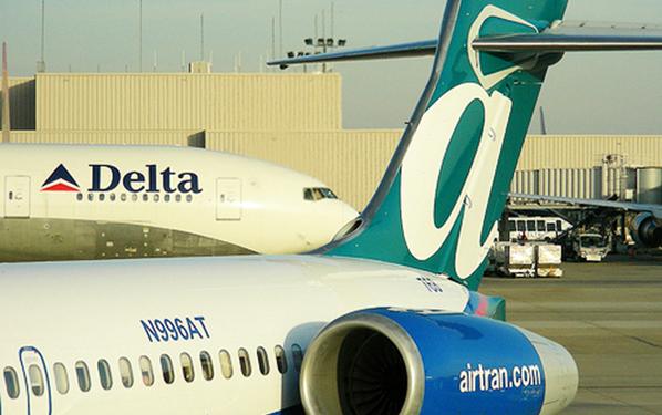 Delta and AirTran hubs at Atlanta