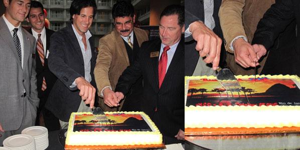 Cake of the Week Vote: Cake 11 TAM's Rio de Janeiro to Orlando
