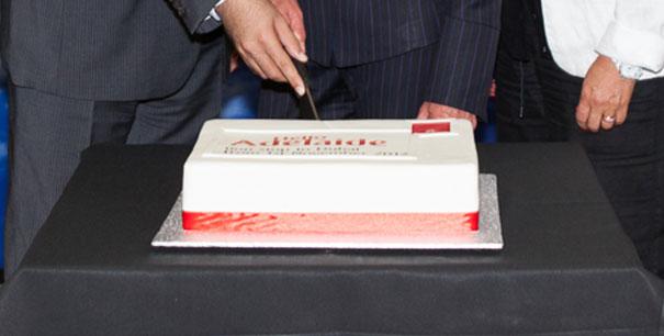 Cake of the Week Vote: Cake 4 Emirates' Dubai to Adelaide