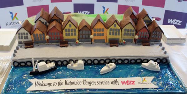 Wizz Air Katowice to Bergen cake.