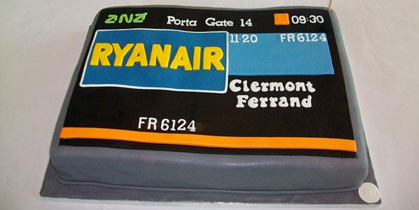 Ryanair Porto to Clermont Ferrand cake.