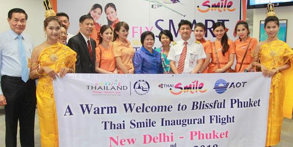 Vice Governor of Pukhet, Sommai Prijasilpa welcomed the passengers arriving in Phuket