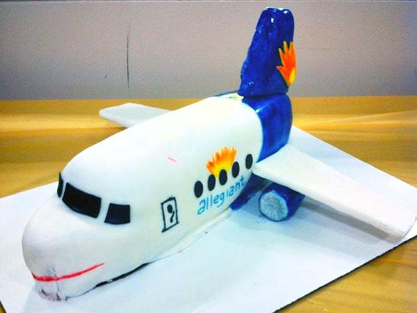 Cake of the Week Vote: Cake 6 - Allegiant Air's Stewart to St Petersburg/Clearwater
