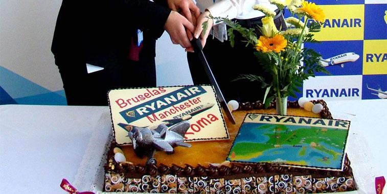 Cake 19 - Cake of the Week Vote - Summer 2014 Season Part 1