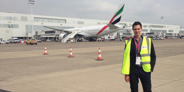 Vlad Cristescu poses with Emirates' 777-200LR