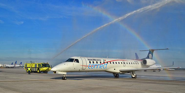 Water Arch 1 – Aeromexico Monterrey to Houston Intercontinental