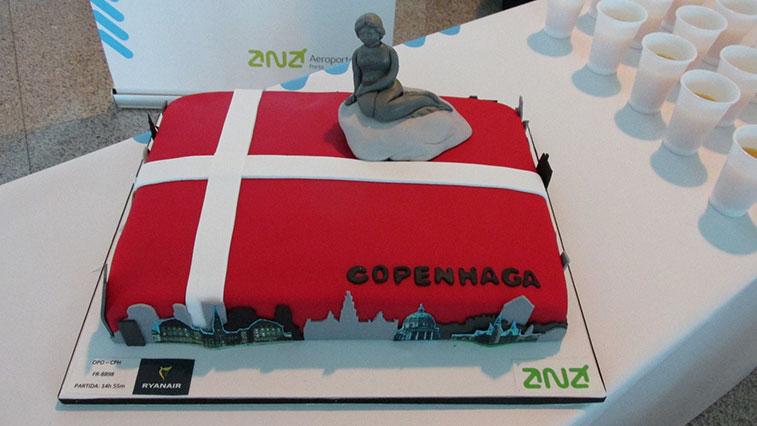 Cake 27 - Ryanair Porto to Copenhagen