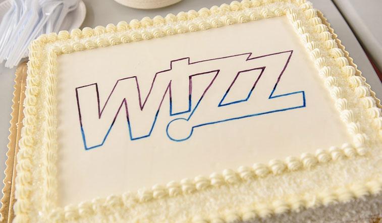 Cake 34 - Wizz Air London Luton to Palanga