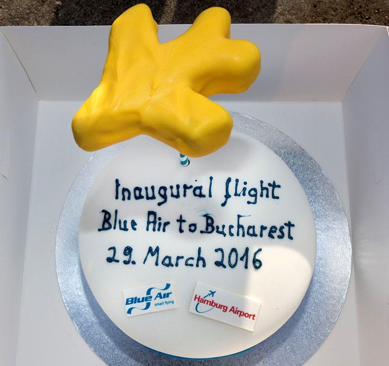 Cake 7 - Blue Air Bucharest to Hamburg