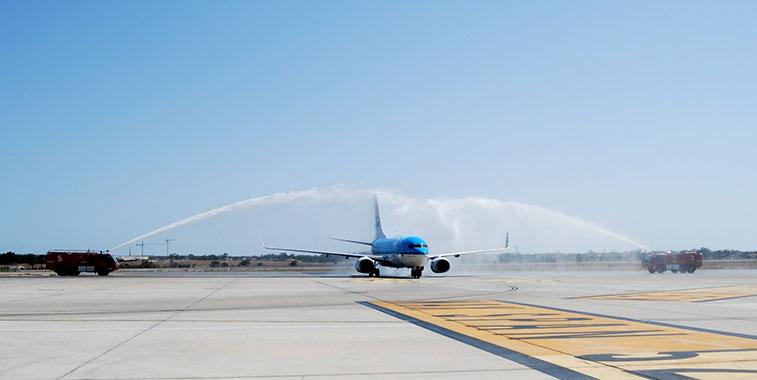 Arch of Triumph win:KLM Amsterdam to Alicante 2 July