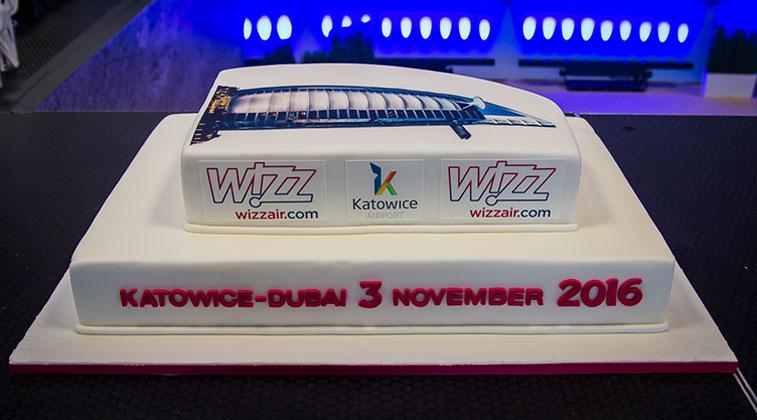 Cake 16 – Wizz Air Katowice to Dubai Al Maktoum