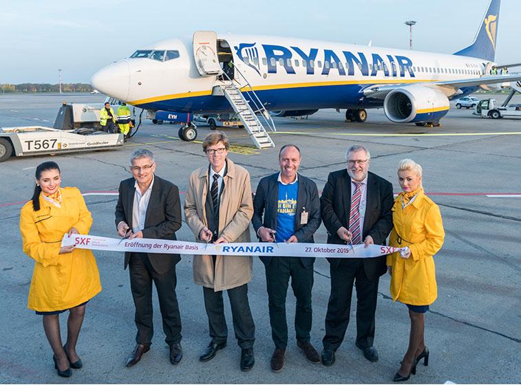 Ryanair opens Berlin SXF base in 2015