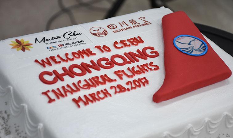 Sichuan Airlines Chongqing to Cebu cake