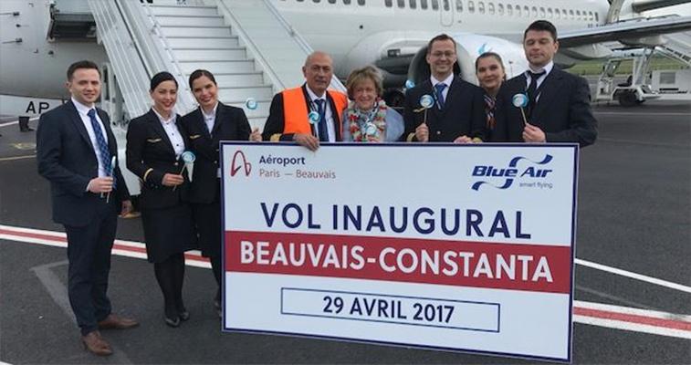 Blue Air Paris Beauvais.