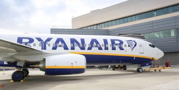 Ryanair 450th aircraft