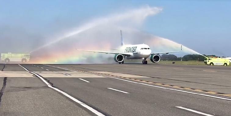 Frontier Airlines Islip