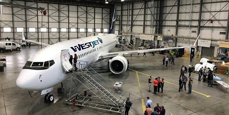 WestJet 737 MAX 8