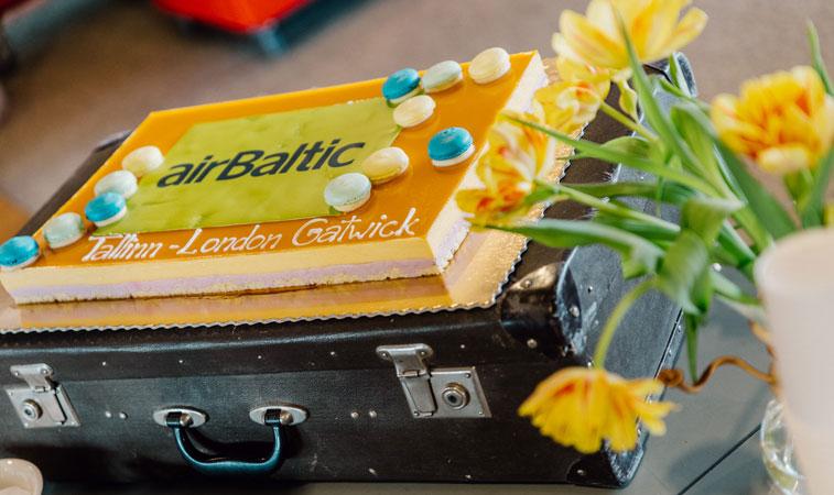 airBaltic Tallinn Gatwick