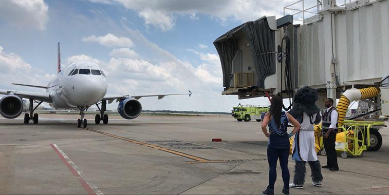 Allegiant Air Oakland Memphis