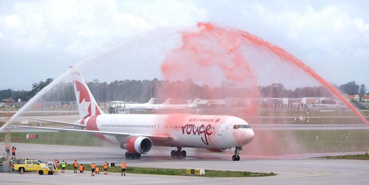 Air Canada Rouge Porto